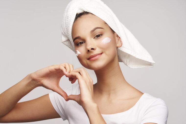 Cheerful,Beautiful,Woman,Clean,Skin,Cosmetics,Dermatology,Care,Model